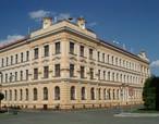 Základní škola (Sadská, Česko)