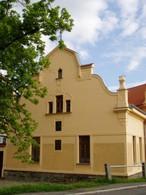 Dům čp. 11 (Klobuky, Česko)