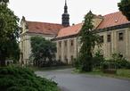 Klášter sv. Víta (Tuchoměřice, Česko)