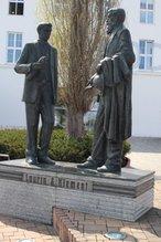 Pomník Václava Klementa a Václava Laurina (Mladá Boleslav, Česko)