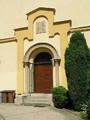 Synagoga-portál (2013, rb)