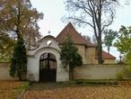 Kostel sv. Petra a Pavla (Neumětely, Česko)