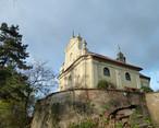 Kostel sv. Jana Nepomuckého (Chloumek, Mělník, Česko)