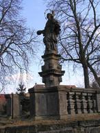 Socha sv. Jana Nepomuckého (Velvary, Česko)