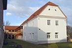 Kulturní a společenské centrum U Cinků (Ledčice, Česko)