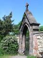 Hřbitovní brána (2013, rb)
